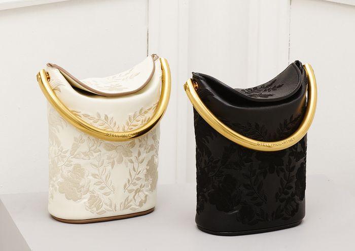 Элегантный декор на сумочках
