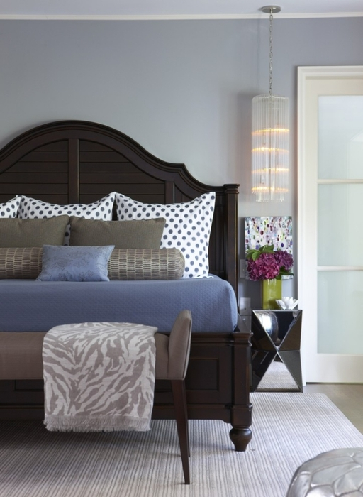 Стильная кровать в интерьере
