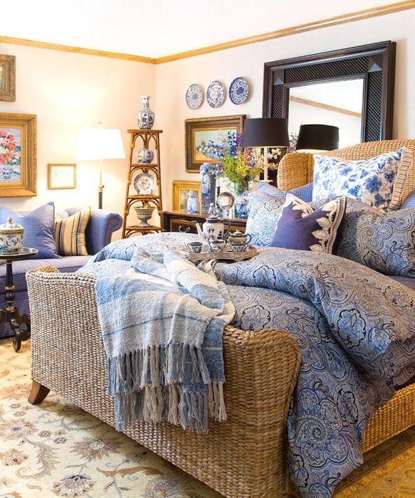 Плетёная кровать из ротанга