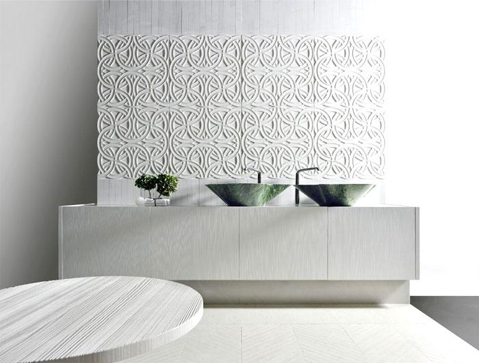 Такие плиты способны визуально изменить пространство