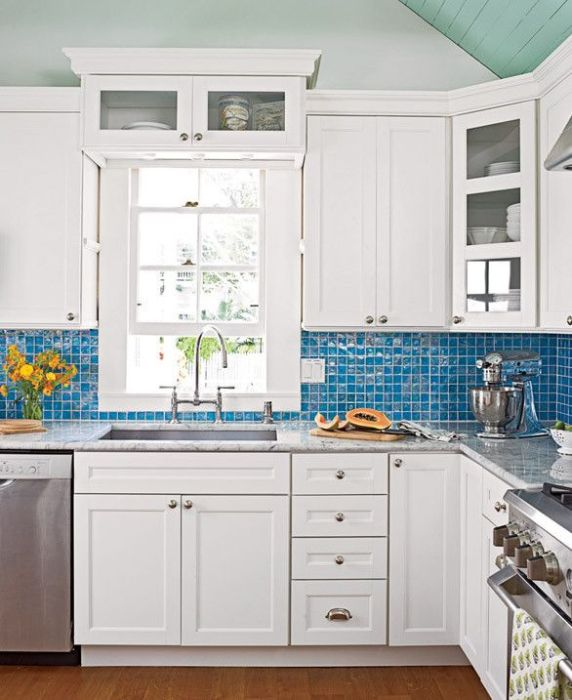 Кухонный фартук - декоративный элемент интерьера кухни