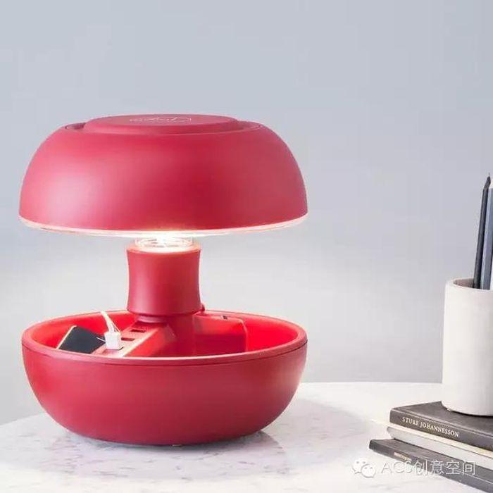 Светильник с ячейками для хранения мелочей