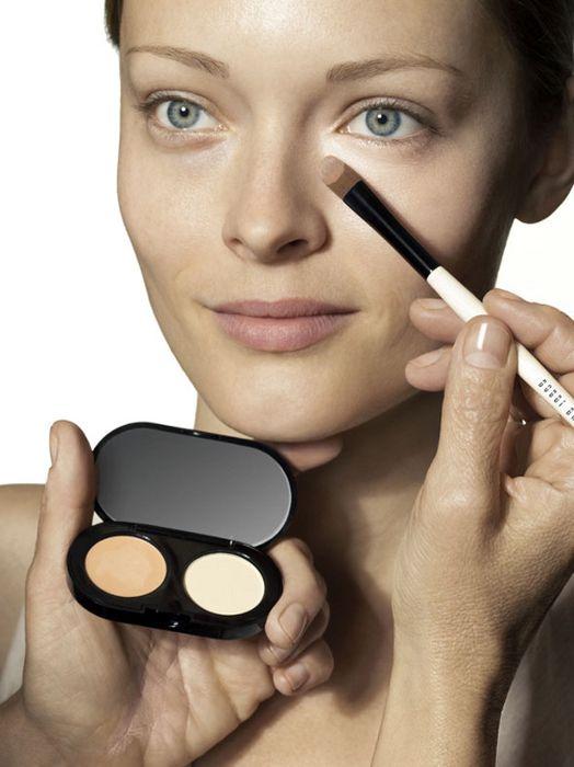 Как сделать макияж в домашних условиях со стрелками