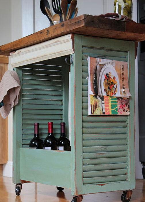 6. Почему бы не спрятать в кухонный остров вино?