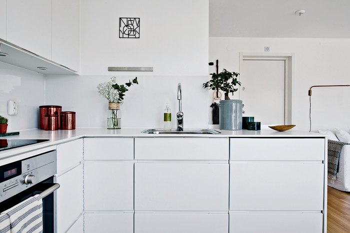 Кухонный фартук из серого стекла