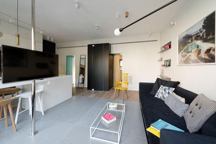 Зона кухни, столовой и гостиной