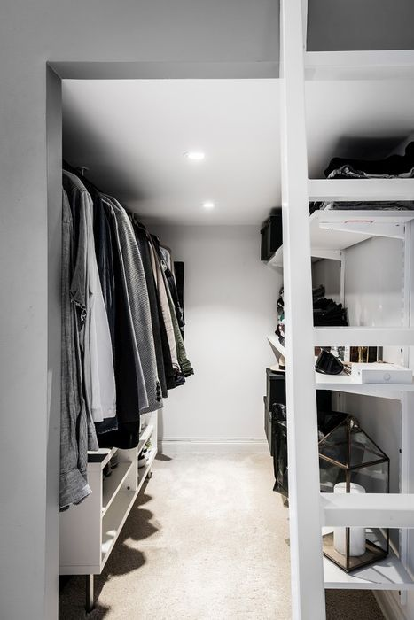 Емкостная гардеробная