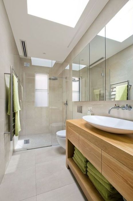 Зеркало на полстены в ванной