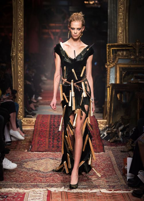 Ещё одно платье из коллекции