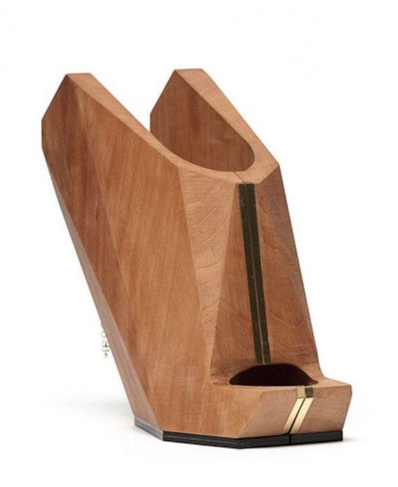 Креативная обувь из дерева