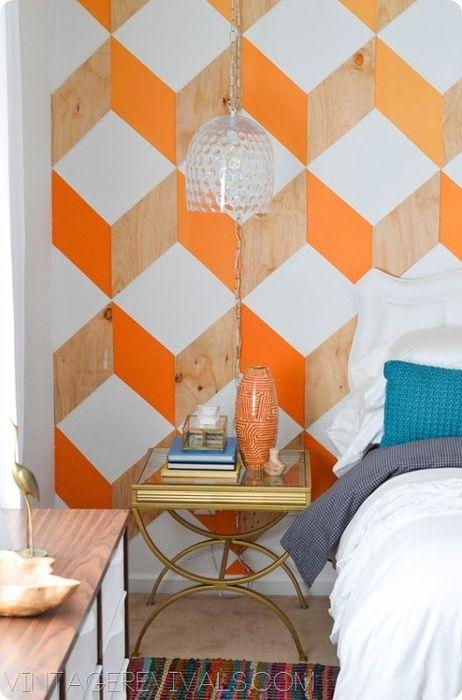 Настенные панели с оранжевым акцентом