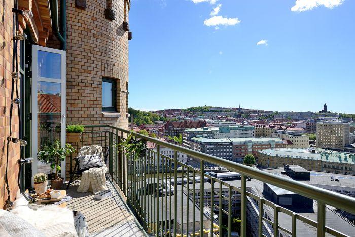 Великолепный вид, который открывается с балкона