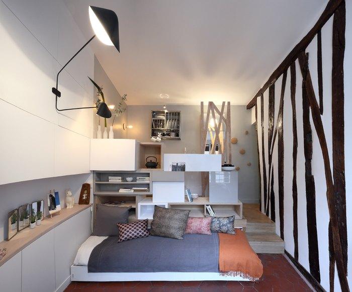 Выдвижная кровать в подиуме