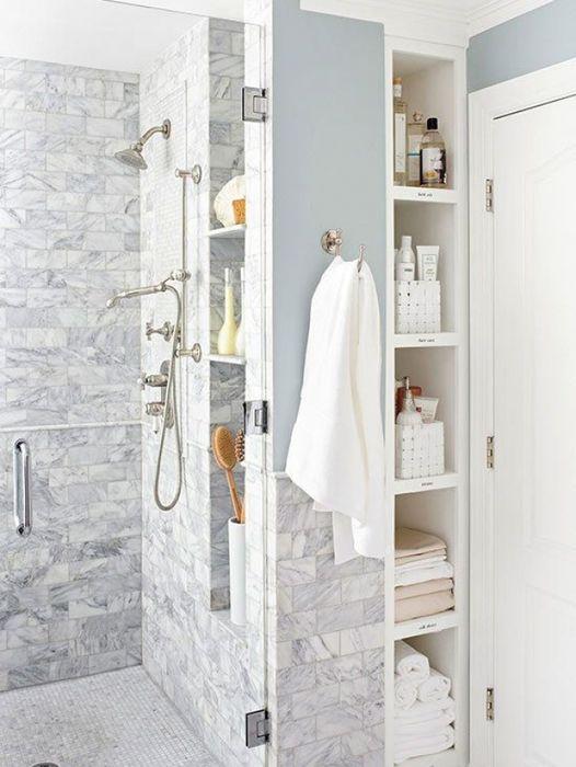 Организация хранения в небольшой ванной