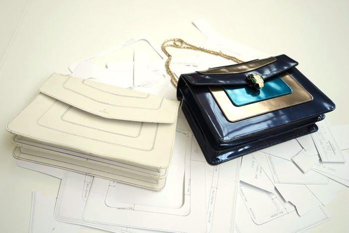 У каждой сумочки Bulgari есть макет