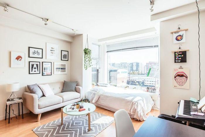 Как оформить квартиру площадью 21,5 квадратный метр: реальный пример, в котором всё отлично организовано