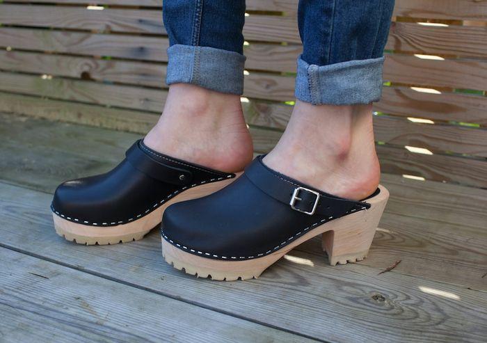 Модная обувь на рифлёной обуви