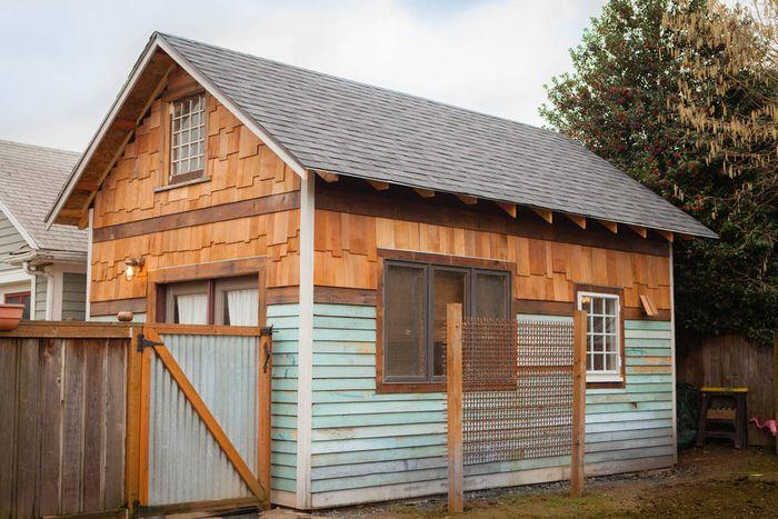 Маленький дом: 35 квадратных метра