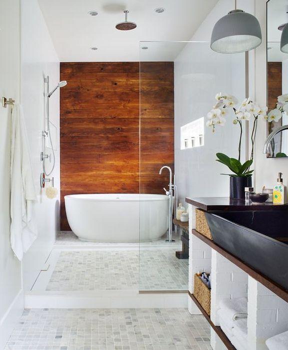 9. Деревянные доски в интерьере ванной