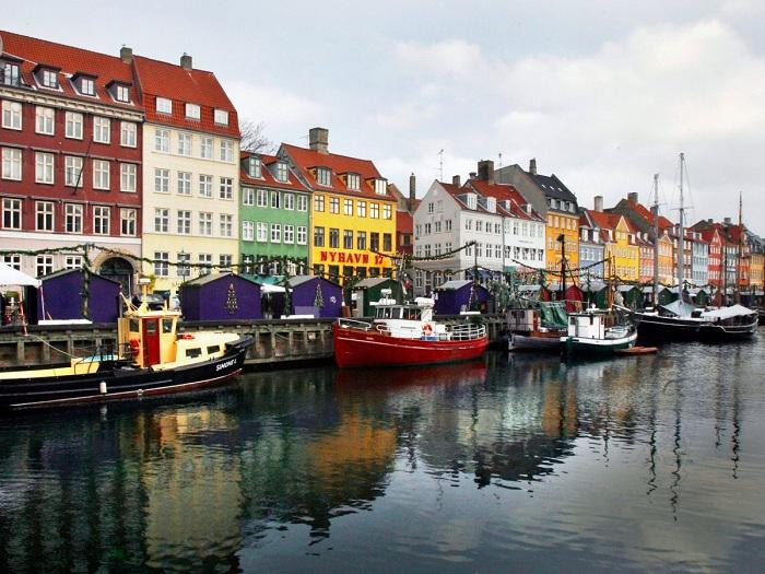Дания.