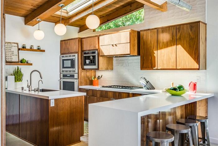 Умело переделанная кухня - может стать просто невероятной в стиле модерн.