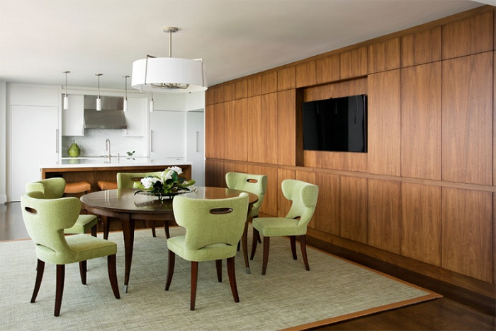 Красивые дизайнерские кресла, определенно украшают простой и элегантный интерьер.