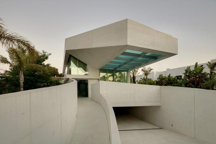 Прекрасный проект дома в Испании.