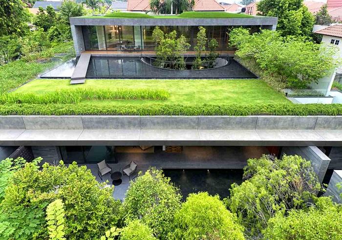 Дом с садом в Сингапуре.