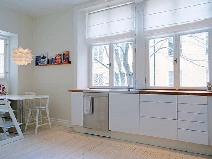 Отличное решение обставить кухню в белом цвете, что однозначно понравится и станет просто находкой для любого из интерьеров.