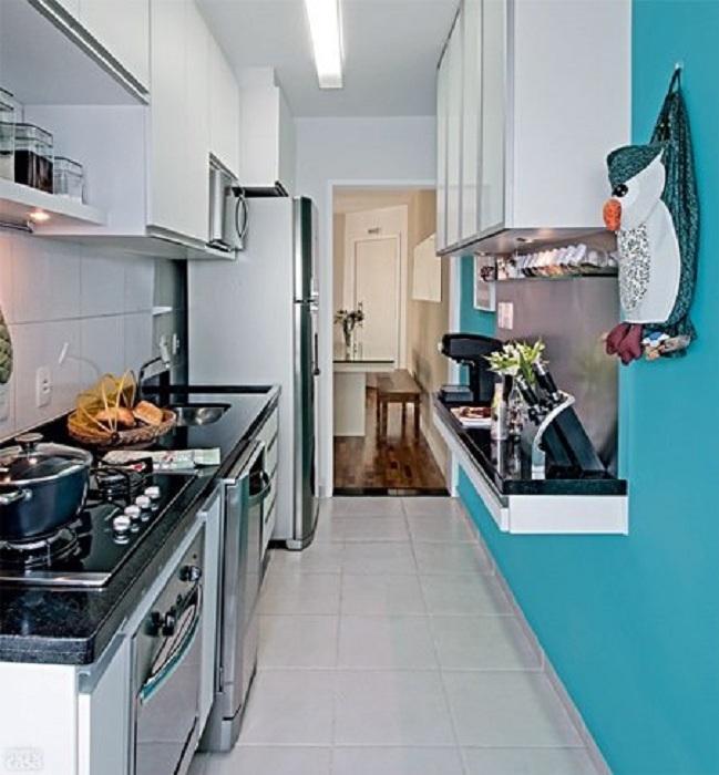 Мини-кухня с очень оригинальным интерьером, что вдохновит и создаст уютную обстановку.