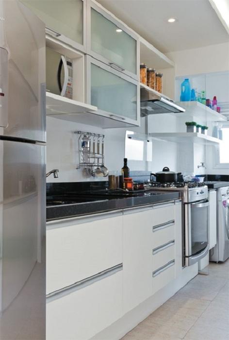 Крутое решение декорировать мини-кухню в симпатичных и очень красивых мотивах.