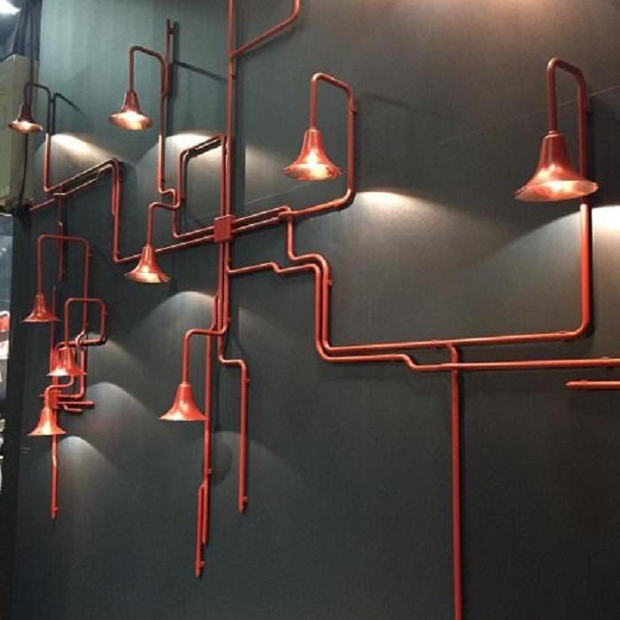 Крутое решение создать такие невероятные лампы на трубах, что поистине впечатлят.