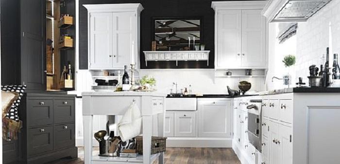 Один из самых лучших вариантов декорирования кухни в стильных черно-белых тонах.