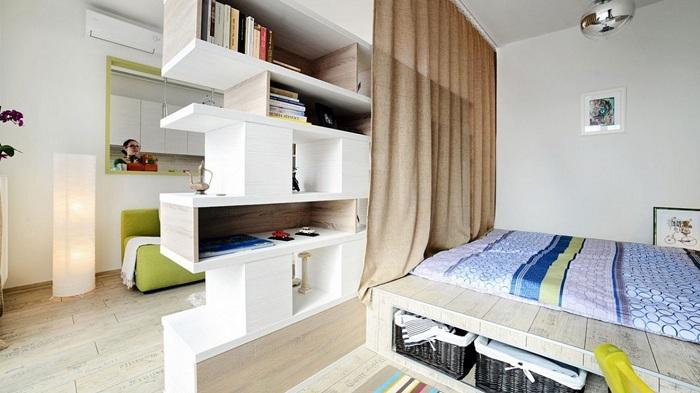 Вдалий приклад гарного оформлення кімнати з чудово перегородкою, що сподобається.