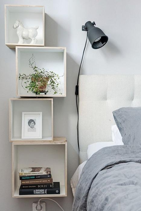 Симпатичная тумба-ящики, которая сделает интерьер комнаты креативным и необычным.