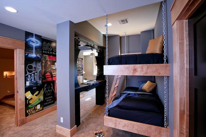 Интересный дизайн детской спальни, интерьер которой дополняет двухъярусная кровать.