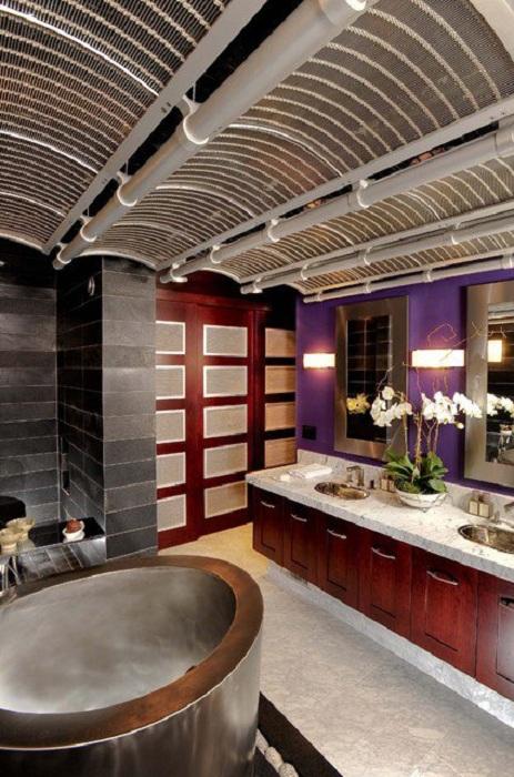 Необычное оформление потолка столовой крутыми и необычными арками, которые украсят интерьер.
