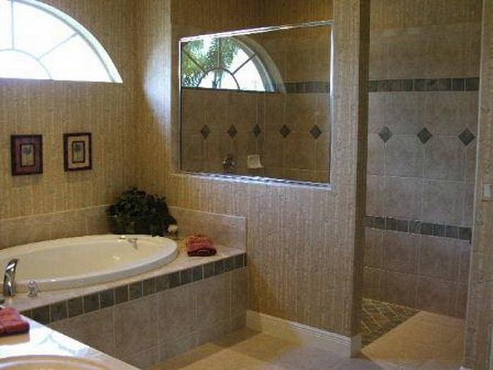 Преображение ванной комнаты возможно при помощи использования удачной цветовой гаммы и красивого кафеля.