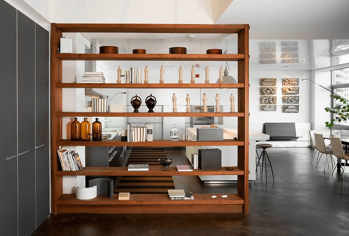 Оформлення простору в будинку завдяки швидкого перетворення за допомогою розміщення симпатичною перегородки.