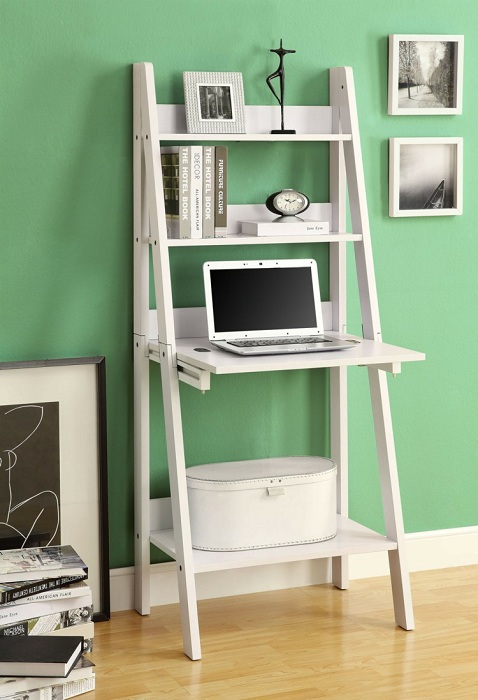 Отличное и практичное решение благоустроить интерьер комнаты с помощью такого крутого откидного стола.