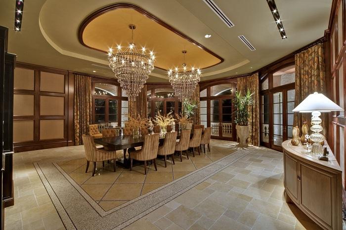 Столовая в отличной цветовой гамме с дополнением деревянных элементов - это не только стильно, но и модно.