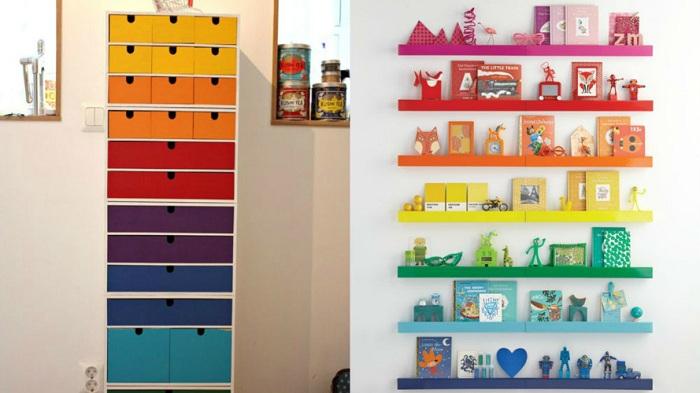 Яркие ящички и полочки помогут сэкономить пространство в комнате.
