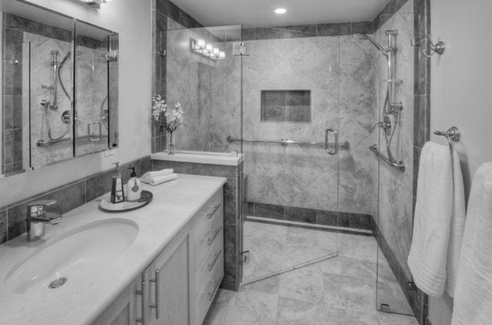 Оригинальное решение оформить ванную комнату при помощи мраморного покрытия, что будет выглядеть потрясающе.