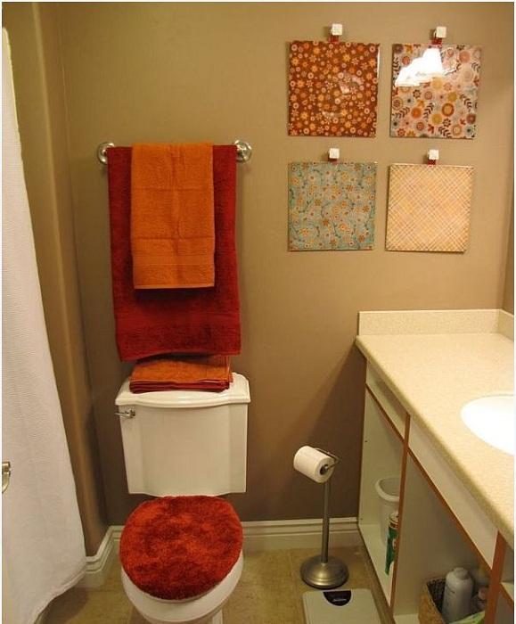 Отличный вариант декорирования ванной комнаты при помощи оригинальных терракотовых тонов, которые точно создадут особенную атмосферу.