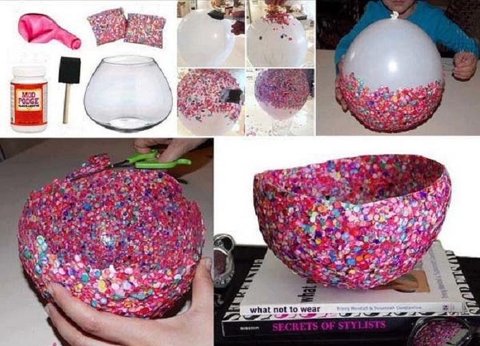 Отличный пример каким образом создать собственноручно вазу при помощи надувного шара.