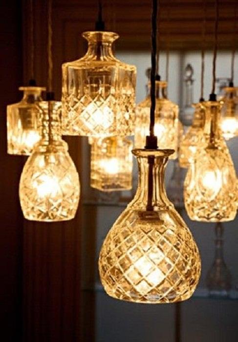 Очень симпатичные люстры с узорами, что придутся по вкусу и создадут особенный стиль.