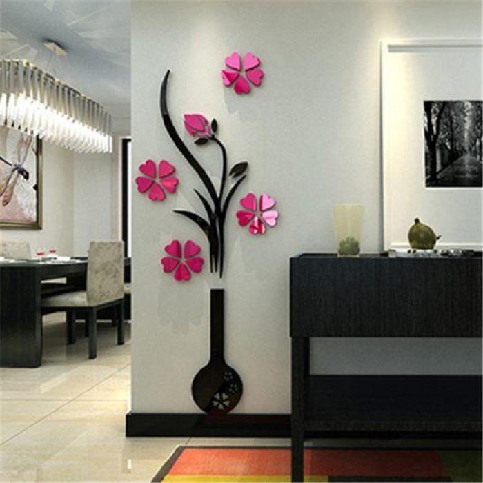 Красивый светлый интерьер преображен при помощи 3D наклеек в виде оригинальных цветов.