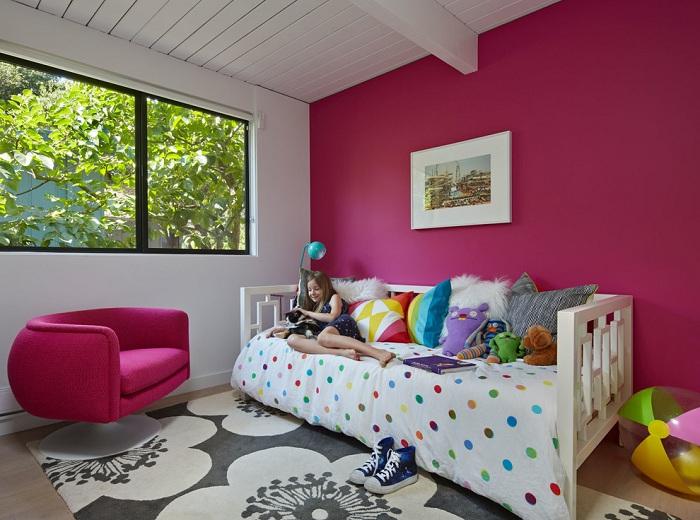 Большинство детей мечтают о светлой и уютной комнате в ярких сказочных тонах, стиль Mid-centry modern - это сочетание прекрасных цветов и утонченности линий.