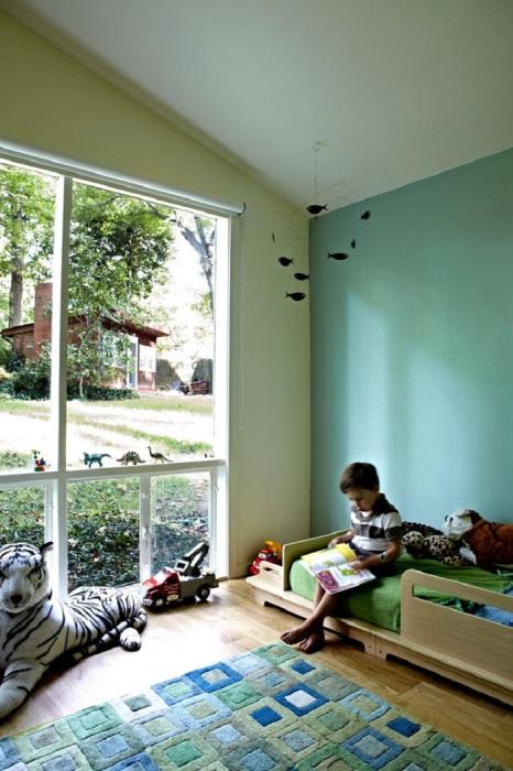Комната для малышей в стиле модерн с применением мятных красок сделает еще более уютной спальню и еще прекраснее настроение.