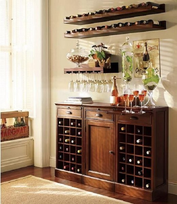 Интересный дизайн комода, который рассчитан на хранение любимого вина.